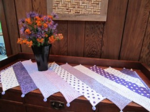 Barber Pole Table Runner 008