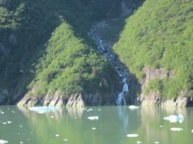Lots of waterfalls everywhere